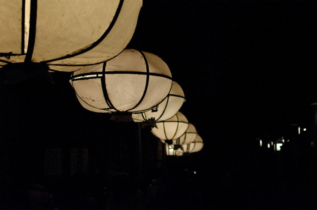 提灯|東大寺